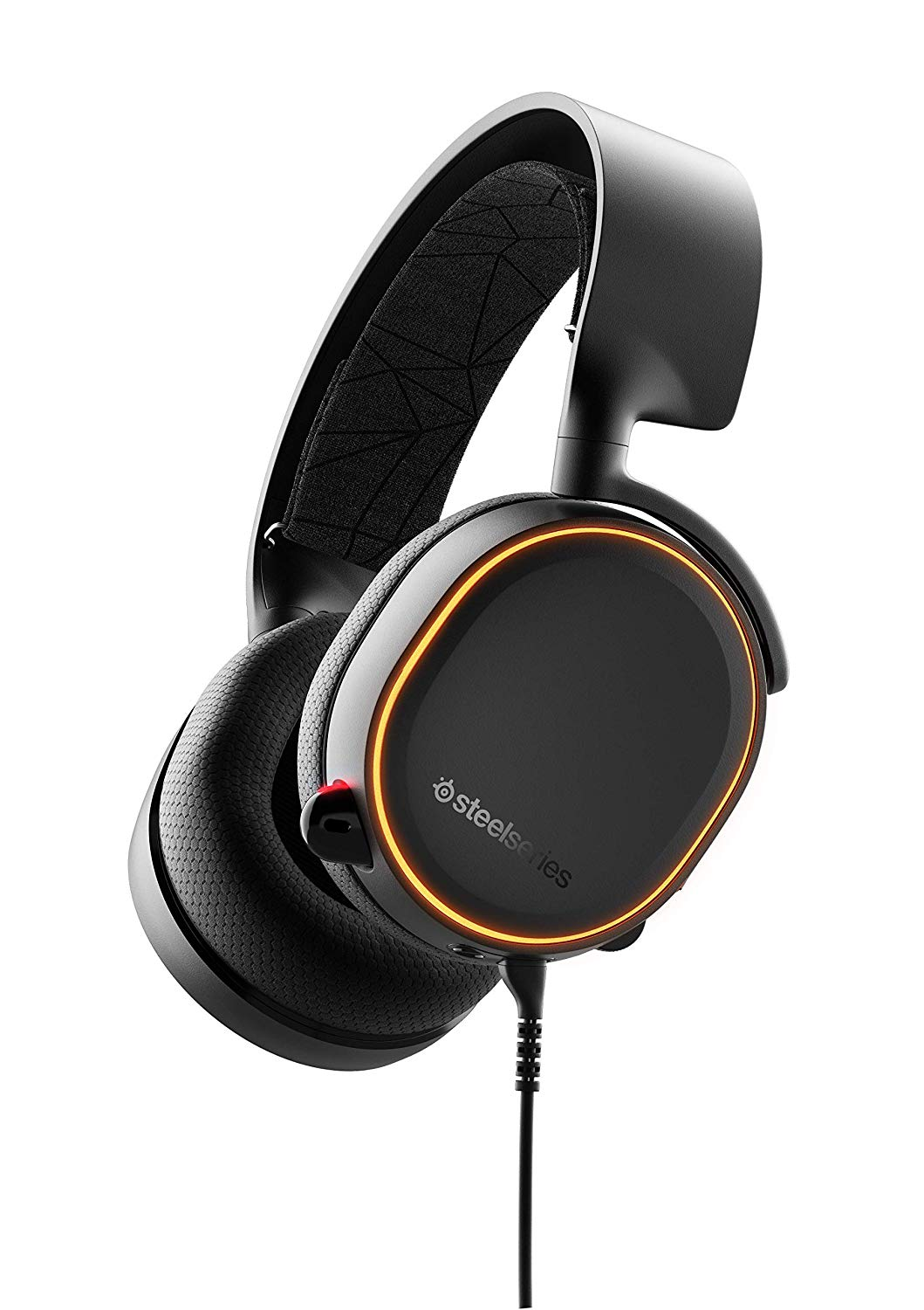 Image of the brand new Arctis 5 by SteelSeries