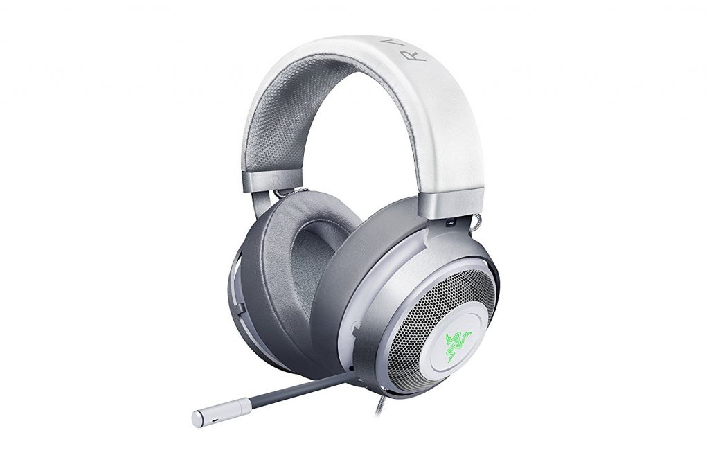 picture of razer headphones for gaming