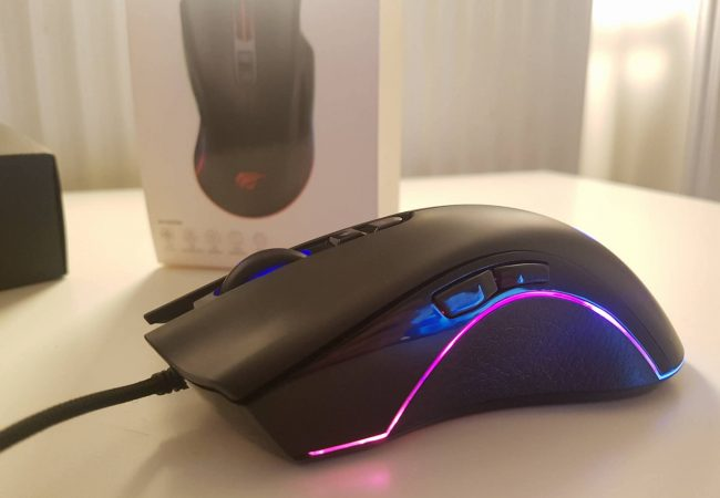 Picture taking of my Havit ms774 gaming mouse