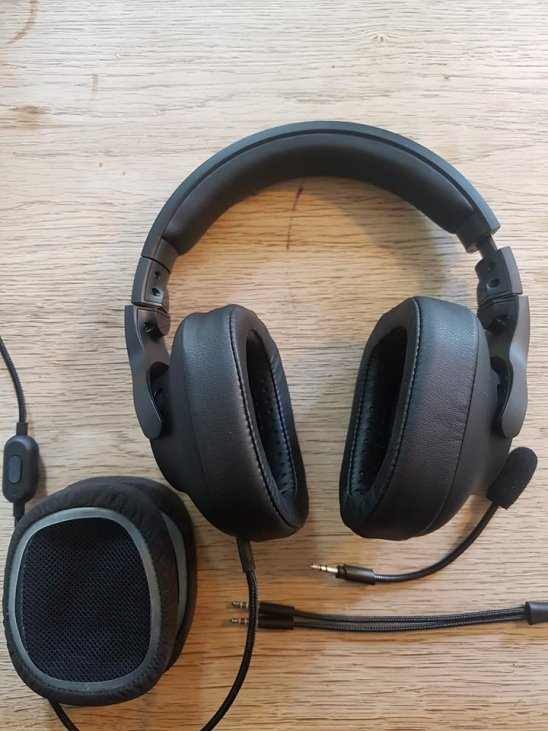 Logitech G Pro Gaming Headset Review - Great for Competitive