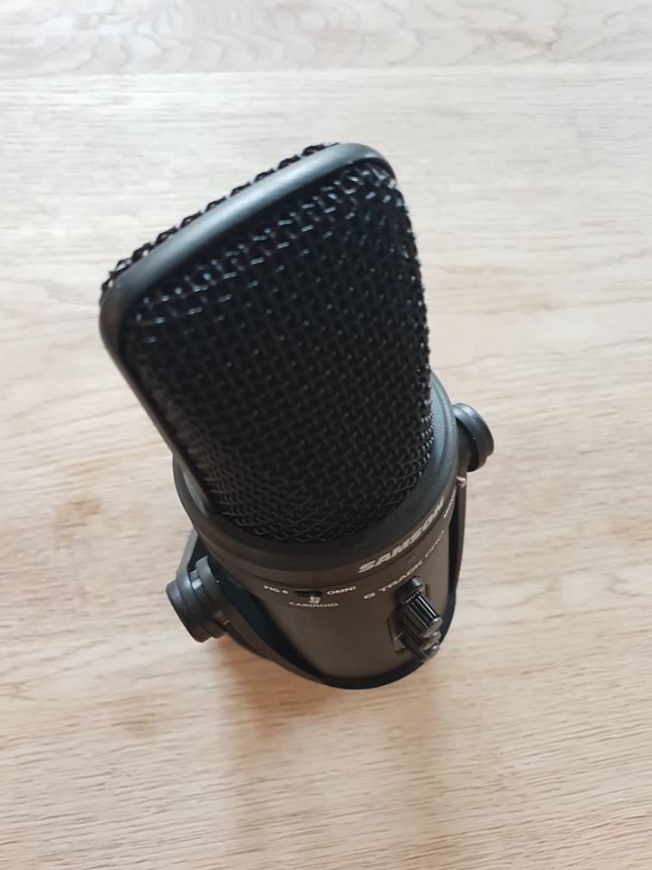 birds eye view of microphone