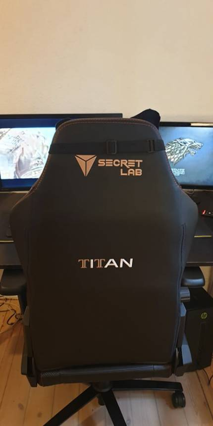 Image of gaming chair by secretlab