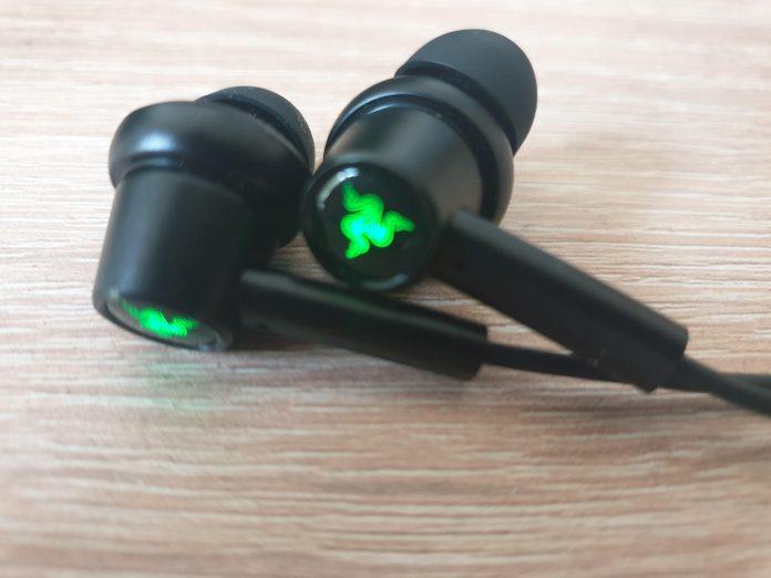 Image of my Razer Hammerhead in-ear headphones