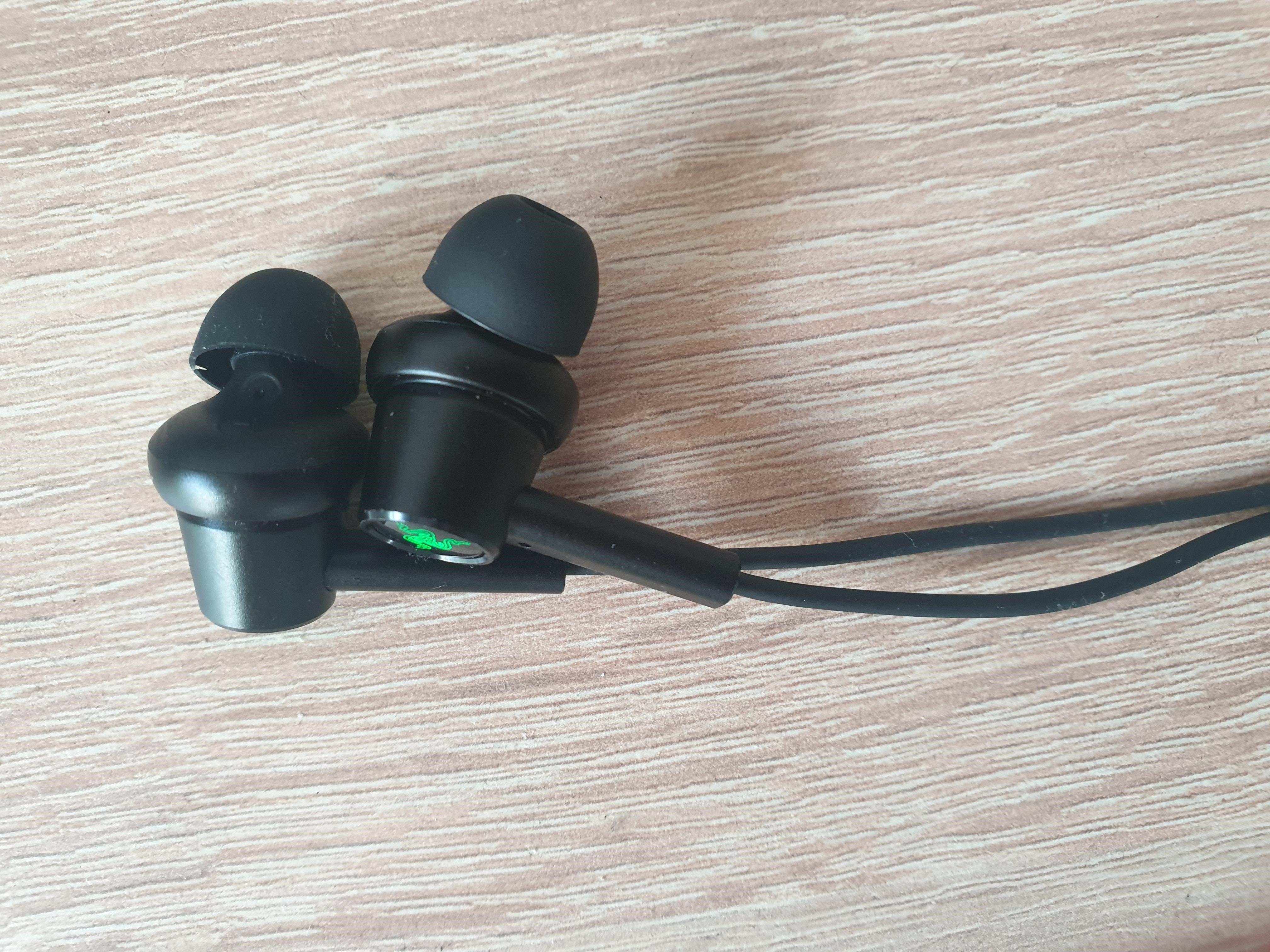 Image of Razer Hammerhead earbuds